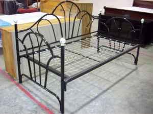 !!!!!! NEW TWIN DAYBEDS !!!!!!! - $119 (6770 4TH ST 3