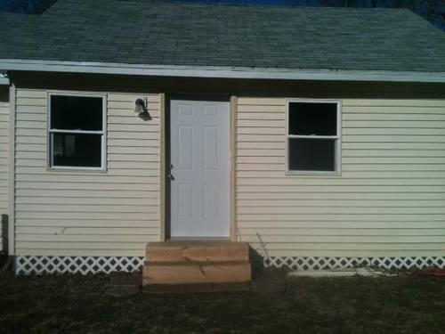 NEWLY REMODELED 1BR RIDINGER LAKE COTTAGE NEW PRICE