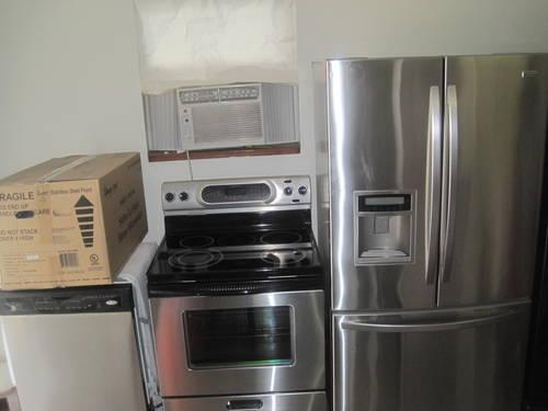 Nice Clean Stainless Steel Kitchen Appliances For Sale In