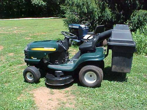 Craftsman Double Bagger : Nice craftsman lt with double hard bagger for sale in