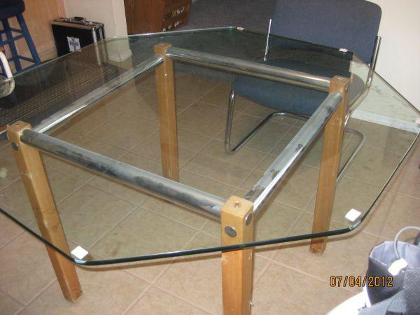 octagon kitchen table