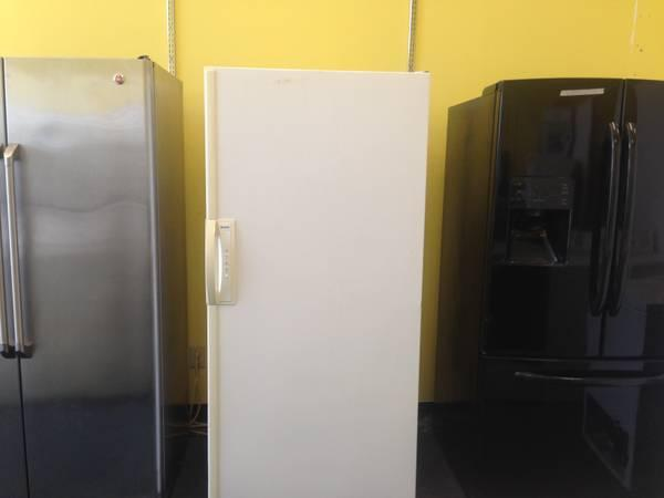 Nice Kenmore Frost Free Freezer 20 Cu Ft For Sale In
