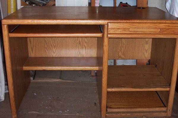 Nice Oak Computer Desk Dinuba For Sale In Visalia