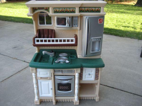 little tikes kitchen for sale in Flint, Michigan Classifieds ...