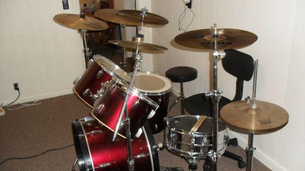 Nice Tama Drum Set with Cymbals and All Hardware - $9 Fitzgerald