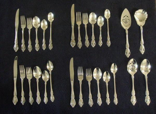 nicest ONEIDA flatware - $125 (grants pass)