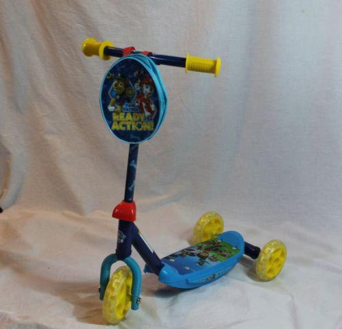 Nickelodeons Hit show Paw Patrol Classic Trike Scooter
