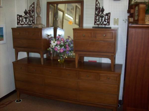 Night Stands and Mirror - $129