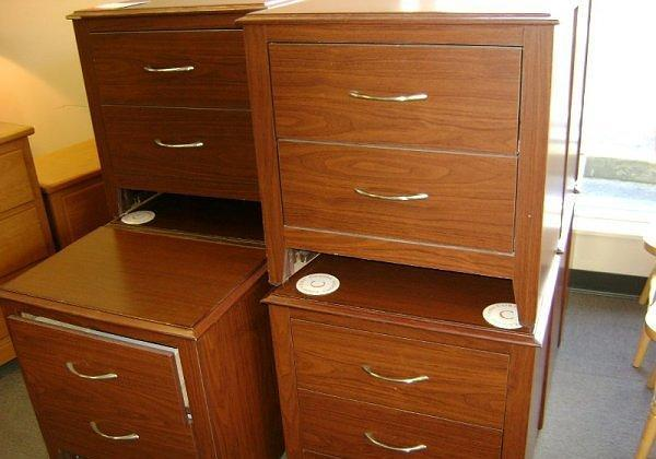Nightstands McKnight Rd Pgh for Sale in Pittsburgh