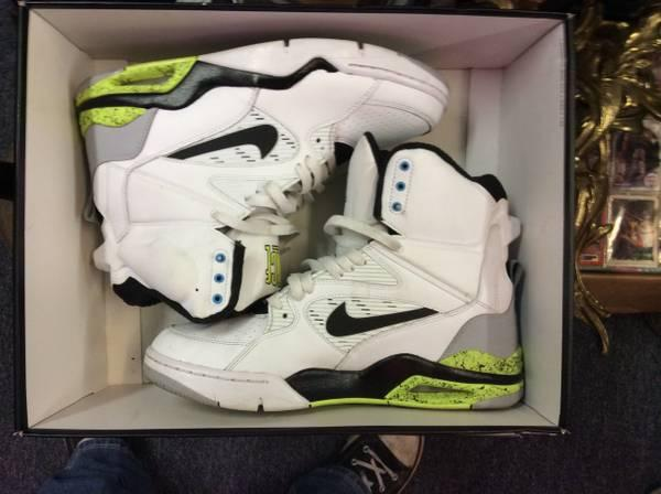 Nike Shoes Worcester