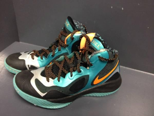 Nike Zoom Basketball Shoes Mens Size 7.5 - $39