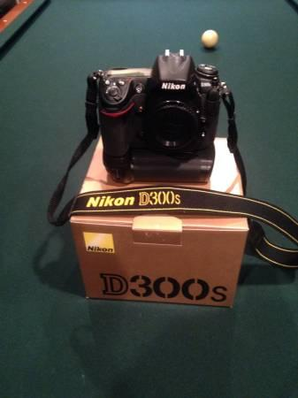 Nikon d300s digital camera body - $750