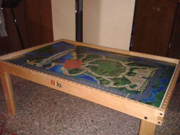 Nilo TrainActivity Table Thomas the Train - $80 Lawrence