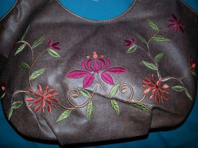 NINE WEST FLORAL EMBROIDERED HOBO HANDBAG~NWT~ obo~CHECK IT OUT for