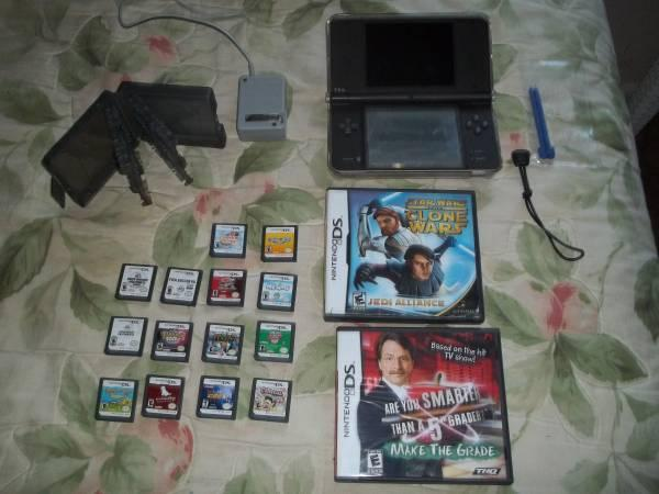 NINTENDO DSI XL PLUS CASES~GAMES~HUGE LOT - $119