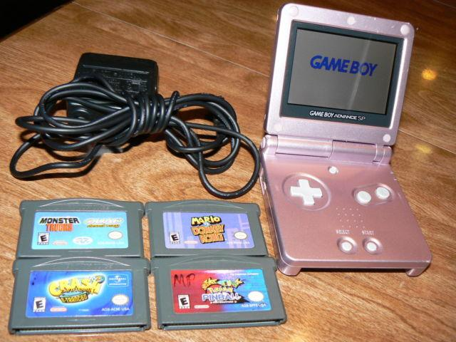 Nintendo Gameboy Advance SP w/4 SP Games-Charger