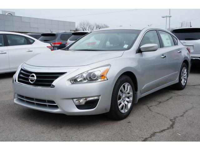nissan altima 2 5 s 4dr sedan 2013 for sale in bacone oklahoma classified. Black Bedroom Furniture Sets. Home Design Ideas