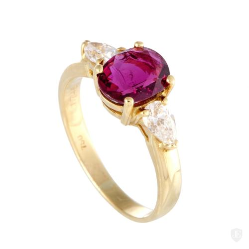 Non Branded 18K Yellow Gold Diamond and Ruby Solitaire