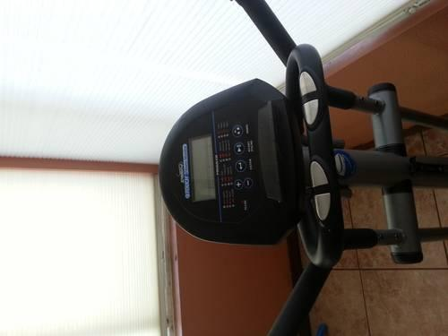 NordicTrack Elliptical e5.7 with ifit