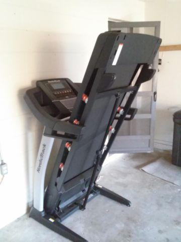 vitamaster treadmill classifieds buy sell vitamaster treadmill rh americanlisted com