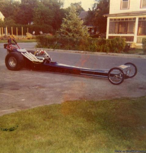 NOSTALGIA FRONT ENGINE DRAGSTER W/ NAS  TRAILER
