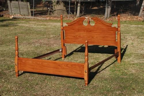 Oak Bed Headboard Footboard And Rails Queen Or Full By