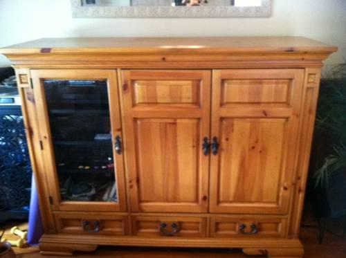 Oak broyhill entertainment center beautiful for sale for Broyhill american era bedroom furniture
