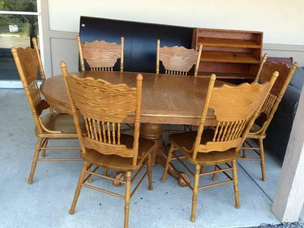 Oak Claw Foot Table Chairs Classifieds   Buy U0026 Sell Oak Claw Foot Table  Chairs Across The USA   AmericanListed