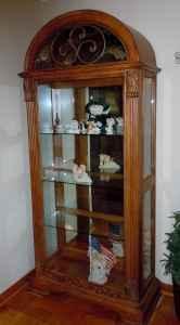 Oak Curio Cabinet - $250 (New Iberia)