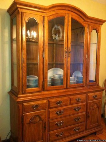 Oak Dining Room Table 6 Chairs Hutch Server And