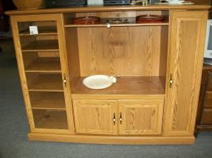 Oak Finish Entertainment Center Baltimore Essex Used Furniture For Sale In Baltimore