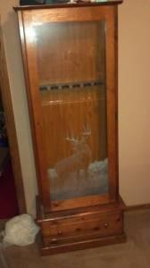 Oak Gun Cabinet W Deer Etched In Glass Like New