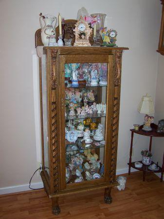 Oak Lions Head Curio Cabinet Clarksville Tn 37043 For Sale In Clarksville Tennessee