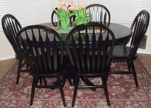 Oak Pedestal Dining Table W/leaf And 6 Windsor Chairs
