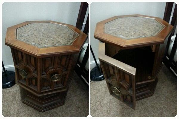 Octagon Train Table New And Used Furniture For Sale In The USA   Buy And  Sell Furniture   Classifieds   AmericanListed