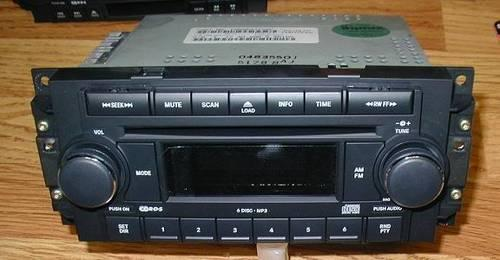 Oem 2004 2007 Chrysler Dodge Jeep 6 Disc Cd Changer Radio