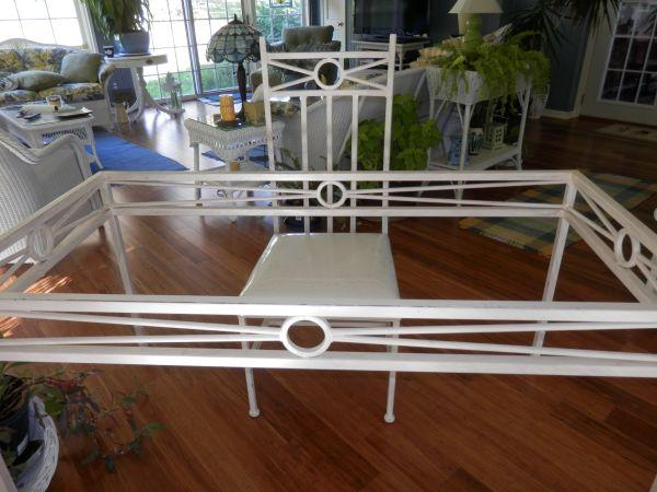OFF WHITE DINING ROOM TABLE GLASS TOP SEATS 6 EXCELLENT CONDITION ROCKF