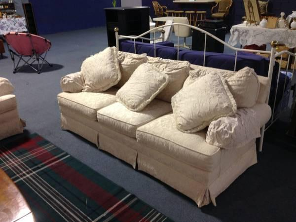 Off White Thomasville Sofa And Loveseat For Sale In Alma