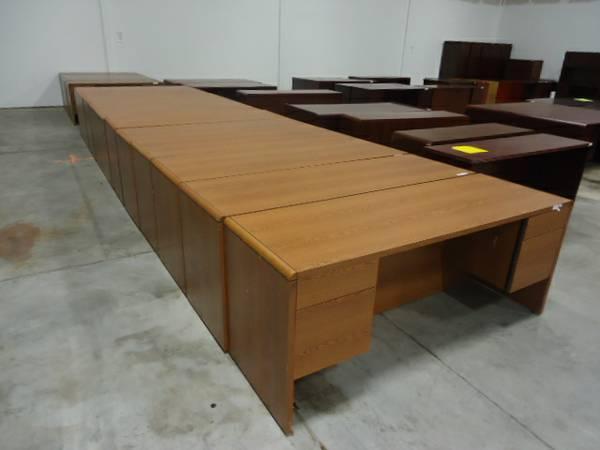 Office Desk Commercial Office Furniture By Hon Teak Finish 7224