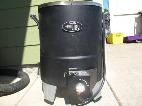Oil Free Turkey Fryer Char Broil Big Easy Used 2 Times