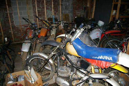 OLD DIRT BIKES AND PARTS FOR SALE