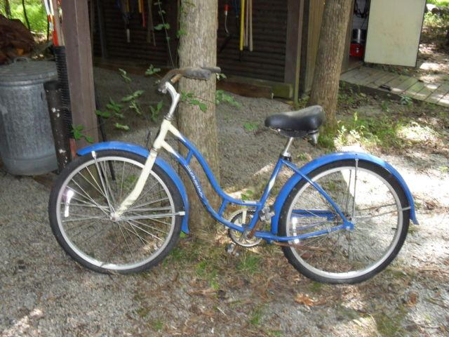 7d0ed8c05d7 Old Schwinn Bike for Sale in Wake Forest, North Carolina Classified ...