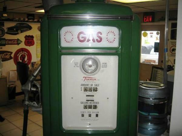 old sinclair gas pump - $1900