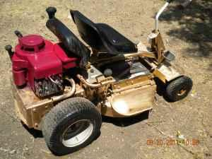 Old Snapper riding lawn mower - $200 (central austin)