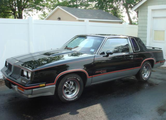 Oldsmobile Cutlass Hurst Olds 442