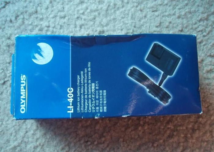 Olympus LI-40C Battery charger - $10 Saginaw Township