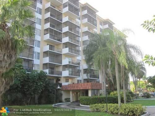 One Bed Two Baths Apartment For Sale In Inverrary Broward County FL For Sa
