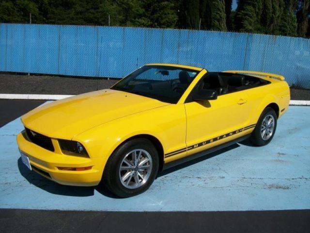 One owner 2005 ford mustang premium convertible w only 14k for Paul christensen motors vancouver inventory