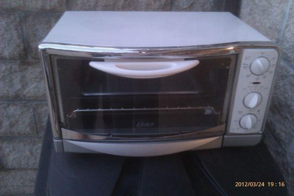 Oster White Toaster Oven Barely Used Clarksville For