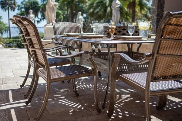 Outdoor Furniture   Patio Table And Chaise   $3900